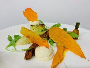 groentjes in een végétarisch gerecht voor feesten Bye Traiteur AROMATE - Gardens of aromates - salle de fêtes feestzaal le grand salon - le palais de plume - the classic domaine - mariage communion