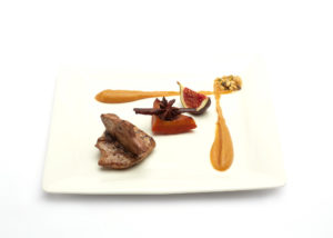 jonge duif meat foie gras Bye Traiteur AROMATE - Gardens of aromates - salle de fêtes feestzaal le grand salon - le palais de plume - the classic domaine - mariage communion