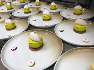 the Hulk dessert less is more Bye Traiteur AROMATE - Gardens of aromates - salle de fêtes feestzaal le grand salon - le palais de plume - the classic domaine - mariage communion